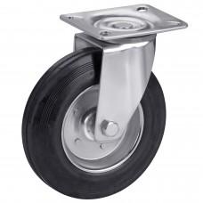 Колесо на черной резине в поворотном кронштейне с площадкой 1021160 РК